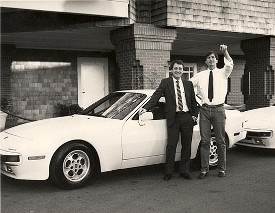 Steve Jobs, Mike Markkula a Porshe 944 - svetapple.sk