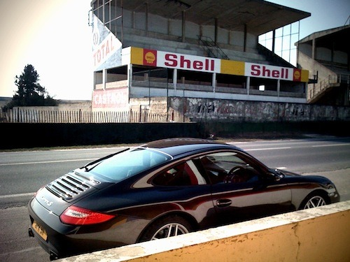 I also write about Porsches!