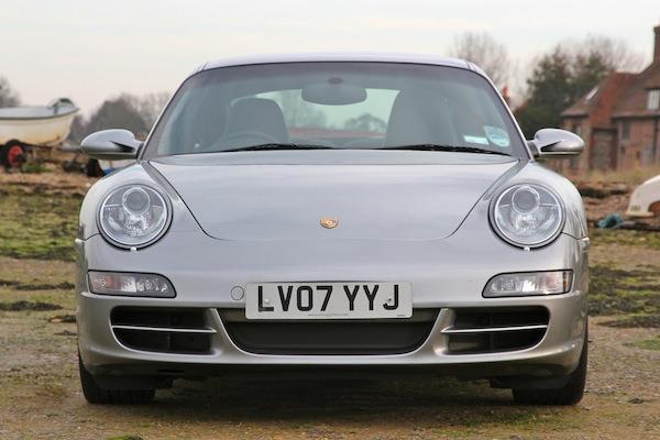 Making a Porsche 996 look like a 997