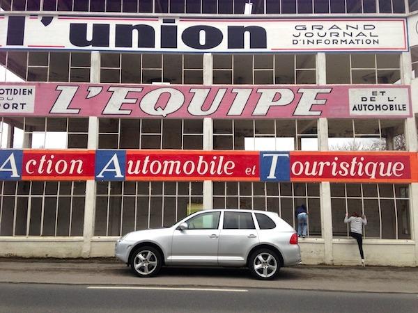 Porsche Cayenne at Reims-Gueux