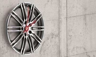 Porsche 911 Turbo wheel wall clock