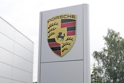 Porsche is third-best car dealer