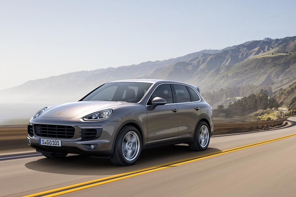 Read more about the article New entry level Porsche Cayenne V6 for 2015