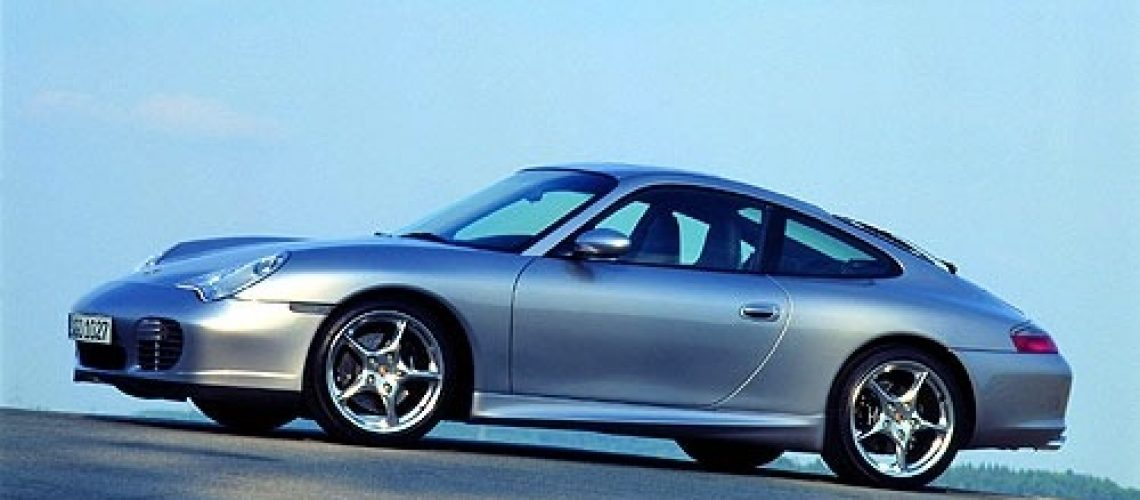 911-carrera-996-left
