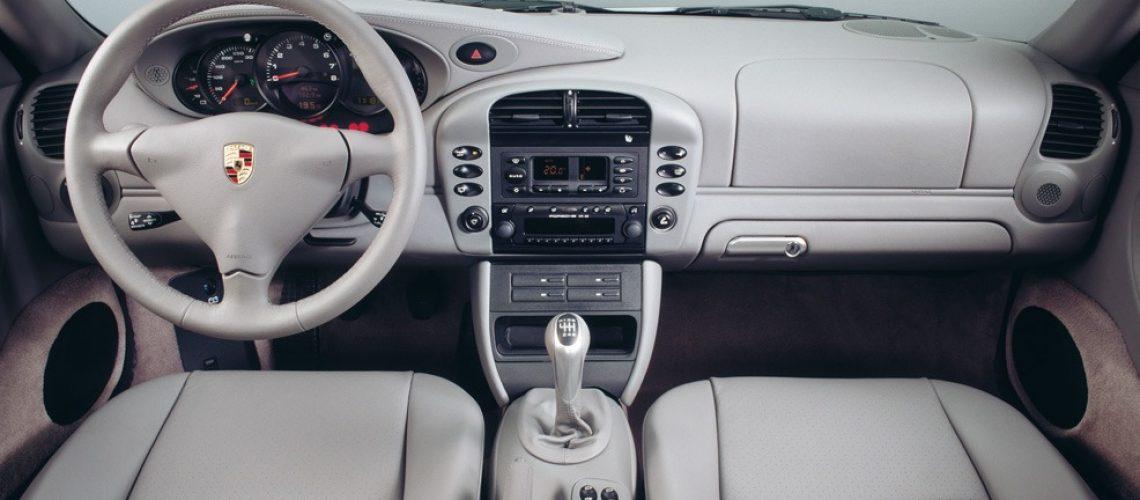 996 Carrera interior